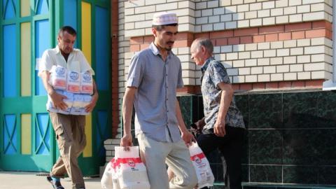 Саратовские мусульмане передали гуманитарную помощь на Донбасс