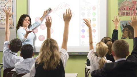 В Саратове за год стало меньше школ и больше учеников