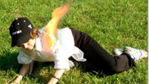Под Энгельсом молодую женщину госпитализировали после возгорания одежды