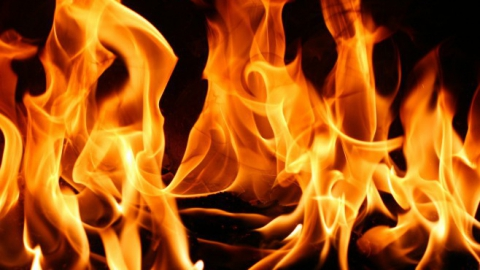 В Марксе сосед спас от смерти в дыму мужчину и пятилетнего ребенка
