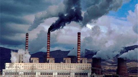"""Воздух над Саратовом за полгода """"потяжелел"""" на 55 тонн вредных выбросов"""
