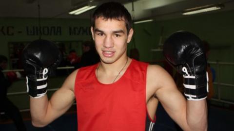 Саратовский боксер Артем Чеботарев выиграл отборочный бой на Олимпийские игры