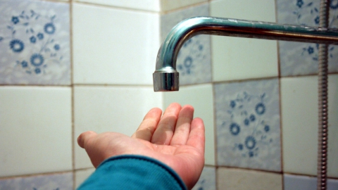 В Саратове планово и аварийно остались без воды дома и учреждения