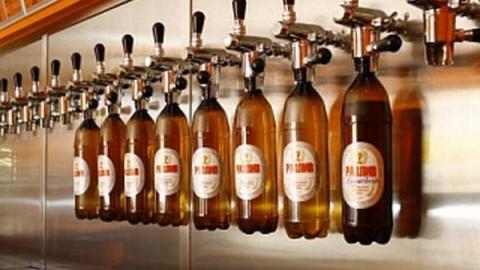 В Балакове избили и ограбили продавщицу разливного пива