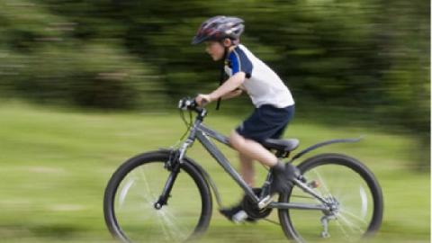 В Саратове юный мошенник лишил четвероклассника велосипеда