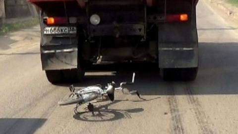 Под Саратовом погибли в ДТП подросток и пенсионер на велосипедах
