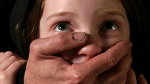 Под Саратовом педофила посадили на 15 лет за растление падчерицы