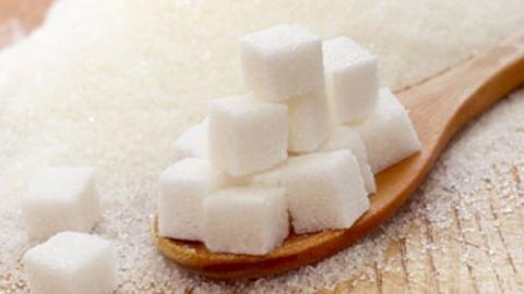 Владимир Пожаров назвал рост цен на сахар в Саратове сезонным явлением
