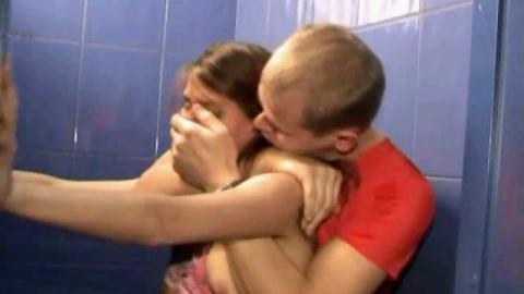 Аткарчанин пошел под суд за изнасилование пятнадцатилетней