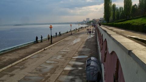 На Набережной Саратова появился еще один участок с ограниченной парковкой