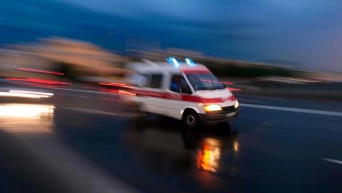 Под Саратовом в кювет опрокинулись две машины. Два человека в больнице