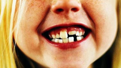 Спорткомплекс и детская стоматология остались без воды