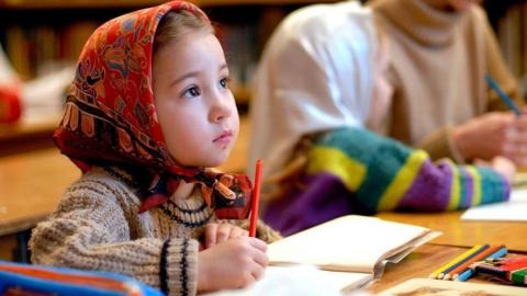 В шести детсадах Саратовской области детям будут преподавать православие