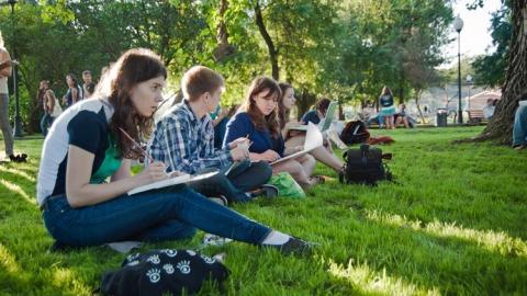 Саратовцев приглашают писать картины на массовом пленэре
