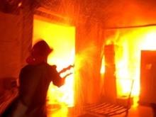 В Саратове на парковке горели три иномарки