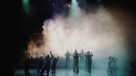 На премьерном спектакле ТЮЗа на сцену вышли сразу три Джульетты