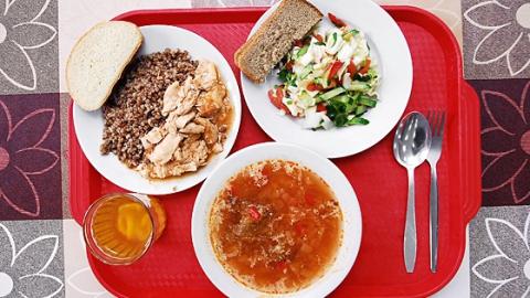 Саратовская область заняла пятое место по дешевизне школьных обедов