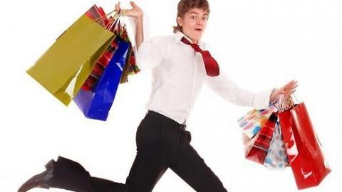 Средний саратовец зарабатывает в месяц на 126 рублей больше, чем тратит
