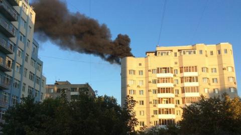 В центре Саратова горит крыша пятнадцатиэтажного дома