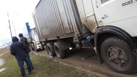 Балаковские дальнобойщики присоединились к всероссийской акции против платных автотрасс