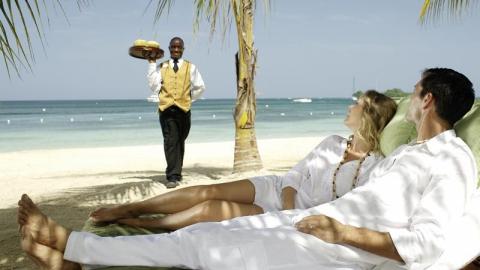 Совфед поддерживает идею запрета полетов в Турицию и Тунис