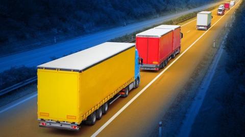 Проезд по федеральным трассам для грузовиков стал платным