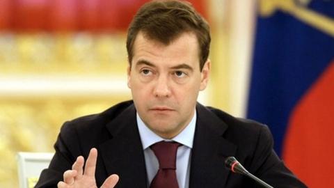 Премьер-министр назвал экономику России сложной, но стабильной