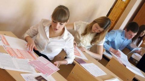 """Епифанова о ЕГЭ: """"Учителям велели не подвести губернатора, и они начинали что-то вытворять"""""""