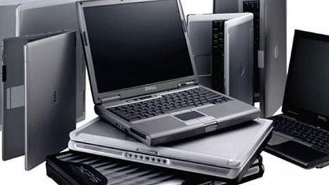 Двое вынесли из саратовского офиса 18 ноутбуков