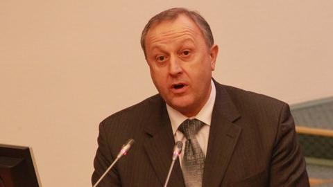 В ноябре Валерий Радаев остается в середине медиарейтинга губернаторов ПФО