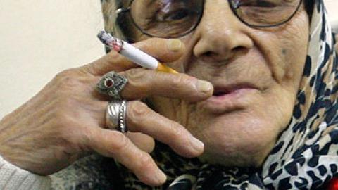 Пенсионерка погибла из-за курения в постели