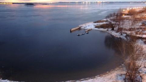 Спасатели прекратили поиски спрыгнувшего с моста Саратов-Энгельс парня