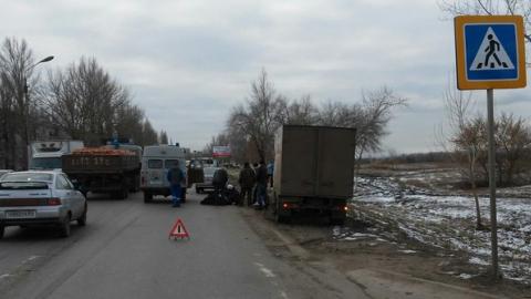 На дорогах под Cаратовом насмерть сбили 18-летнего парня и пенсионерку