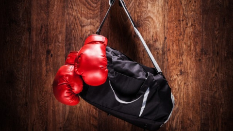 """Дети украли боксерские перчатки из """"Триумф-Молла"""""""