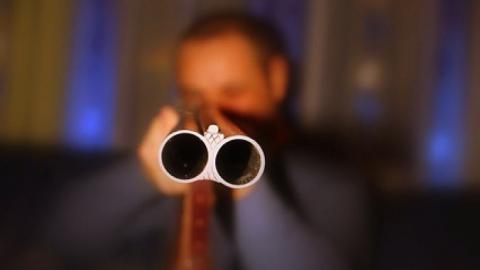 В сочельник саратовец застрелил гостя из ружья