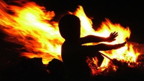 Трое детей отравились дымом на пожаре в Саратове