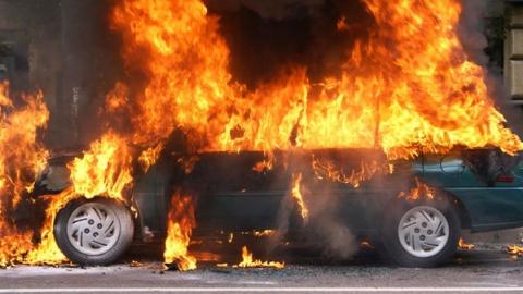 Подростки из Хабаровска угнали и сожгли Лансер балашовца