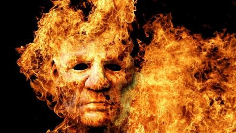 Пенсионер сжег себя вместе с домом