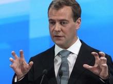 Тушение ТЮЗа Медведев назвал примером для подражания