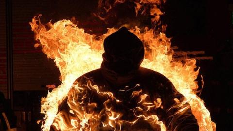 Житель Энгельса получил в подъезде сильные ожоги
