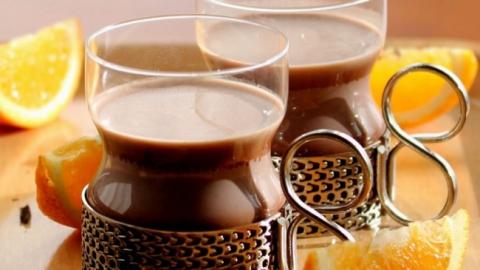 Двое детей получили тяжелые ожоги чаем и какао