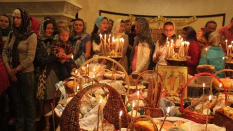 На Пасху в саратовские храмы пришло больше ста тысяч человек