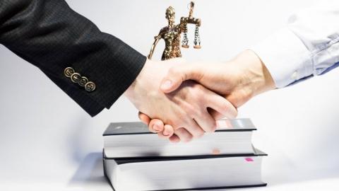 Юрист или юридические услуги:  Что нужно предпринимателю на самом деле?