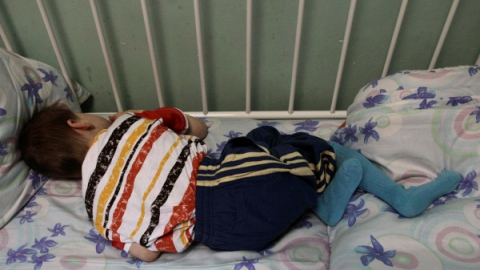 ВБалакове отца заморенного голодом ребенка оставили насвободе