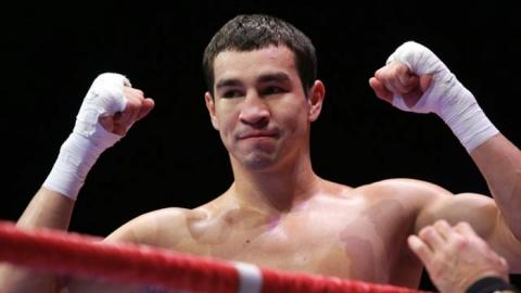 Артем Чеботарев одержал победу третий профессиональный бой вкарьере