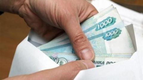Экс-сотрудница администрации Заводского района получала взятки отторговцев