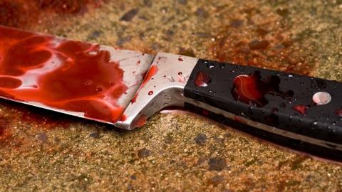 Саратовца убили вподъезде ножом всердце
