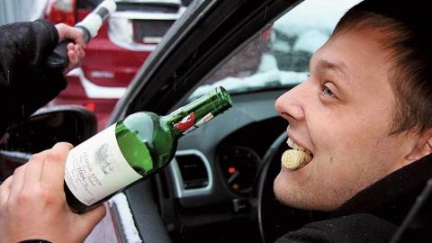 Полицейские словили 20 нетрезвых водителей завыходные