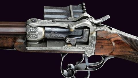 Мужчина отыскал втайнике винтовку позапрошлого века