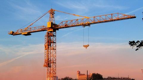 ВСаратовской области отобрыва электропровода умер рабочий